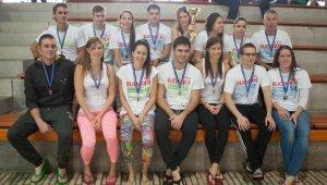 Budai XI.-es csapatsiker az Úszógálán