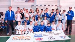 Tizenhat érmet nyertek az újbudai Kyokushin Karatésok a Diákolimpia elődöntőjén